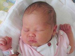 Rodičům Nikole Sýkorové a Josefu Vokurkovi z Dubé se v úterý 14. dubna v 7:28 hodin narodila dcera Anna Vokurková. Vážila 3,05 kg.