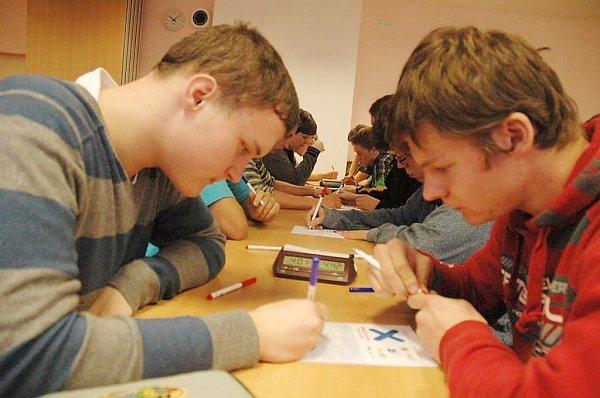 Krajské kolo pIšQworek proběhlo vpátek také vLibereckém kraji, na Gymnáziu F. X. Šaldy vLiberci.