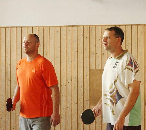 Celkové třetí místo přijali loňští obhájci Tomáš Kuchař a Martin Glaser súsměvem.