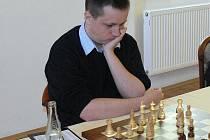 NOVÁ POSILA. Polská jednička Radoslaw Wojtaszek vybojoval pro Nový Bor důležitou výhru v utkání s Rapidem Pardubice.