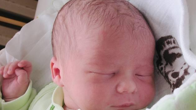 Mamince Olze Zagyiové ze Žandova se 14. října ve 22:07 hodin narodil syn Štěpán Zagyi. Měřil 50 cm a vážil 3,45 kg.