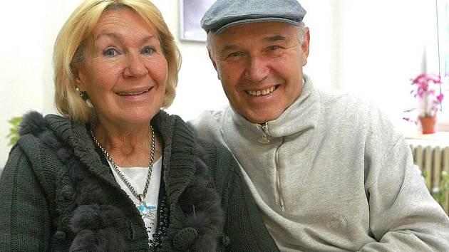 Autor Čtyřlístku pan Jaroslav Němeček s manželkou Lucií se na vzniku muzea v Doksech aktivně podílejí a nebudou chybět ani na jeho slavnostním otevření letos v listopadu.