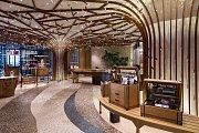 Skleněná krása. Svítidla a plastiky z Preciosy  jsou rozmístěné po celém resortu MGM Cotai v čínském Macau.