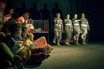 Divadelní klub Jirásek znovu ovládl Lounské divadlení, tentokrát bodoval Maratův Sade.