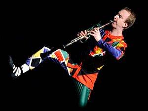 Unikátního provedení avantgardní skladby Harlekýn pro sólový klarinet, jejímž autorem je německý skladatel Karlheinz Stockhausen se ujme vynikající klarinetista Karel Dohnal.