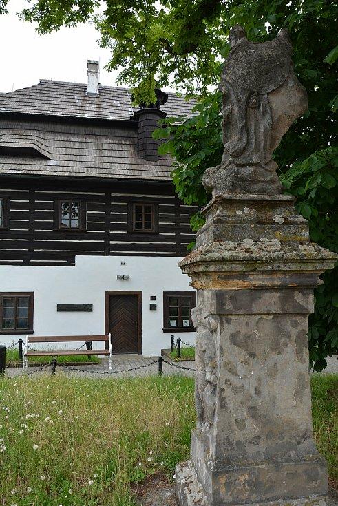 Památník K. H. Máchy v Doksech.