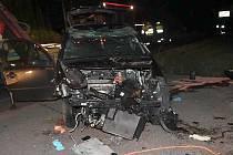 Tragické následky měla dopravní nehoda osobního auta ve Sloupské ulici v Novém Boru.
