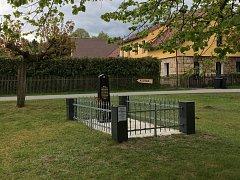 Pietní místo v Hradčanech nedávno prošlo celkovou renovací. Foto: Archiv Václava Bilického