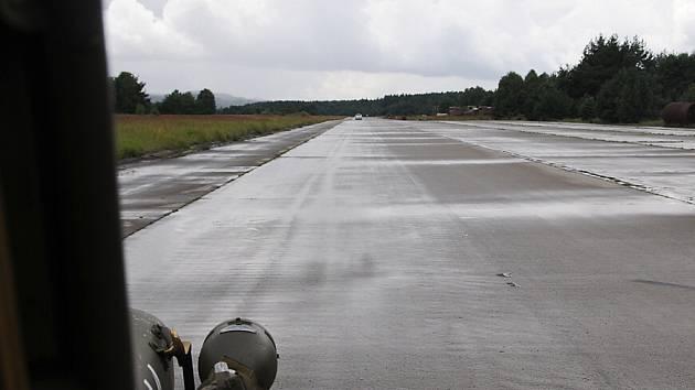 Letiště v bývalém vojenském prostoru Ralsko.