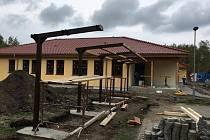 V Ralsku - Kuřívodech finišuje výstavba nové mateřské školy.