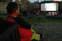 Už počtvrté se letos otevře letní kino na vodním hradě Lipý v České Lípě.