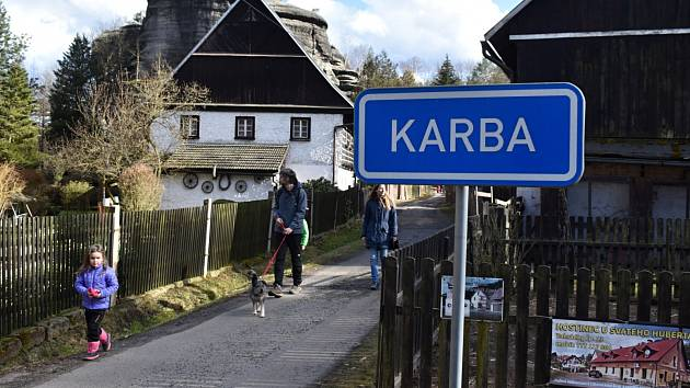 Odemykání Pekla. Na pohádkovou trasu Peklem mohou lidé vyrazit v sobotu z Karby od 11 do 14 hodin.