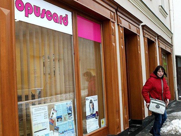 Centrum Opuscard v Tržní ulici.
