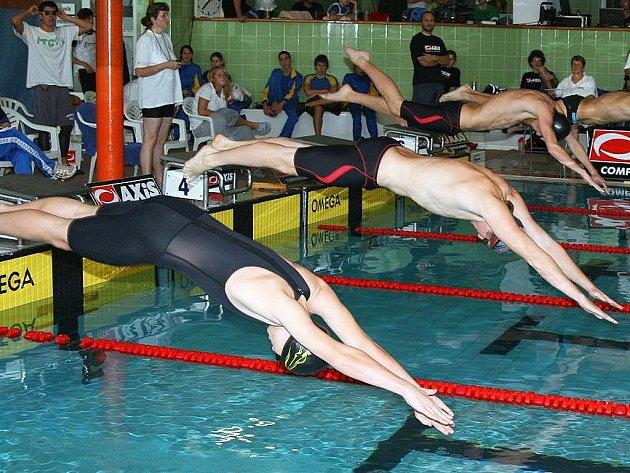 Na závodech v Jihlavě si Michal Spurný vyplaval tři medaile.