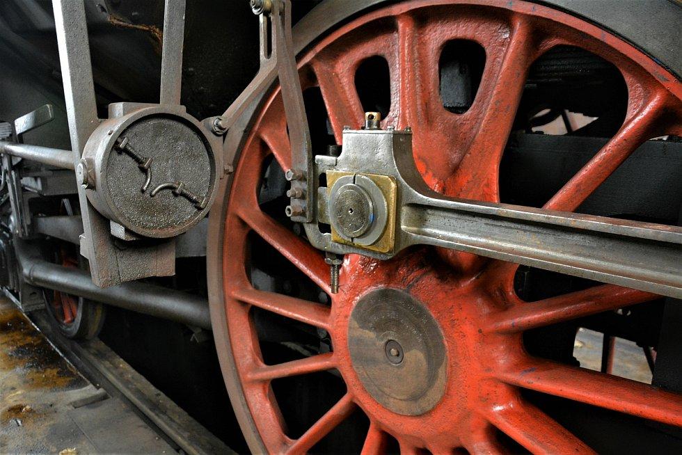 Nadšenci v Lípě zachraňují unikátní lokomotivu.
