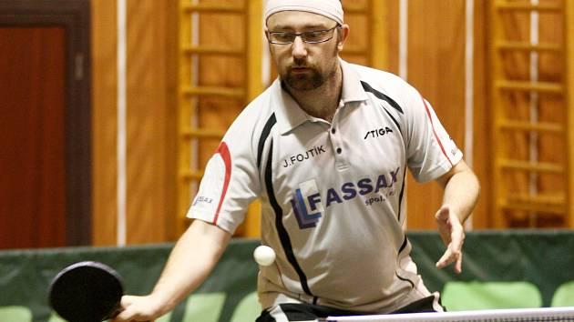 Jan Fojtík, nejúspěšnější hráč stolních tenistů novoborské Jiskry v letošním ročníku Krajské divize.