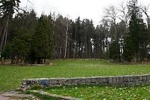 Prázdno je po letním kině, které nechalo město Česká Lípa před lety zbourat.