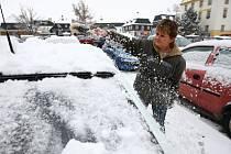 Sníh zasypal v noci na pondělí celé Českolipsko.