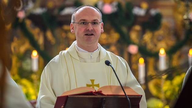 Stanislav Přibyl (1971) administrátor římsko-katolické farnosti v Horní Policibývalý generální vikář Litoměřické diecéze, současný sekretář České biskupské konference.