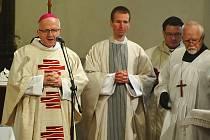 Hlavním celebrantem mše svaté byl 20. biskup litoměřický Jan Baxant.