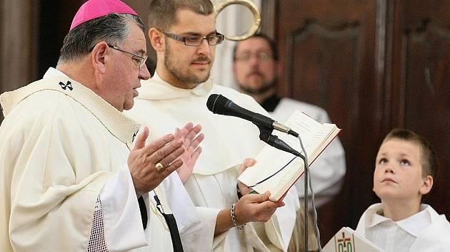 K uctění patronky celebroval mši v bazilice sv. Vavřince a sv. Zdislavy litoměřický biskup Jan Baxant či arcibiskup Dominik Duka.