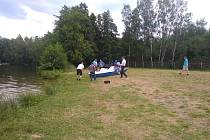 Na koupališti ve Sloupu se utopil muž.