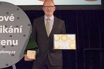 Petr Kubíček, předseda představenstva ZOD Brniště, převzal v Praze ocenění pro Top odpovědnou firmu roku.