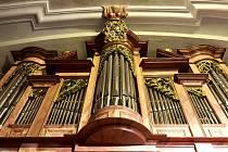 Unikátní varhany opět zdobí kdysi proslulé poutní místo na levém břehu řeky Ploučnice barokní kostel Navštívení Panny Marie.