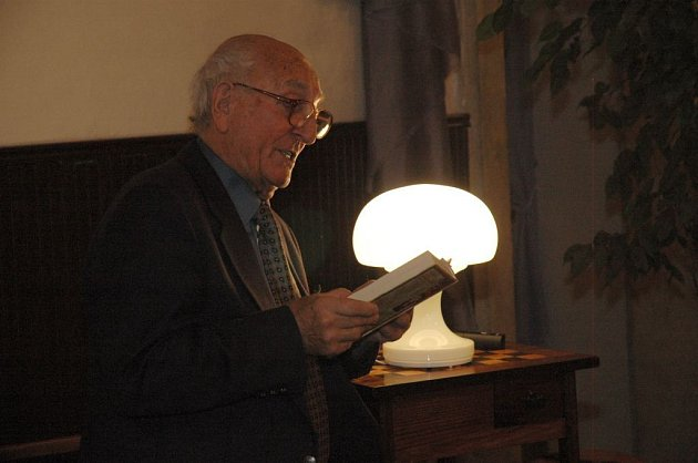 Otakar Brousek starší čte z nové knihy