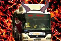 Speciální autobusová linka už podruhé vyrazí 5. prosince na Mikuláše po České Lípě.