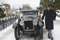 Filmový štáb ve středu natáčel na Panské skále i na hřbitově v Kamenickém Šenově.