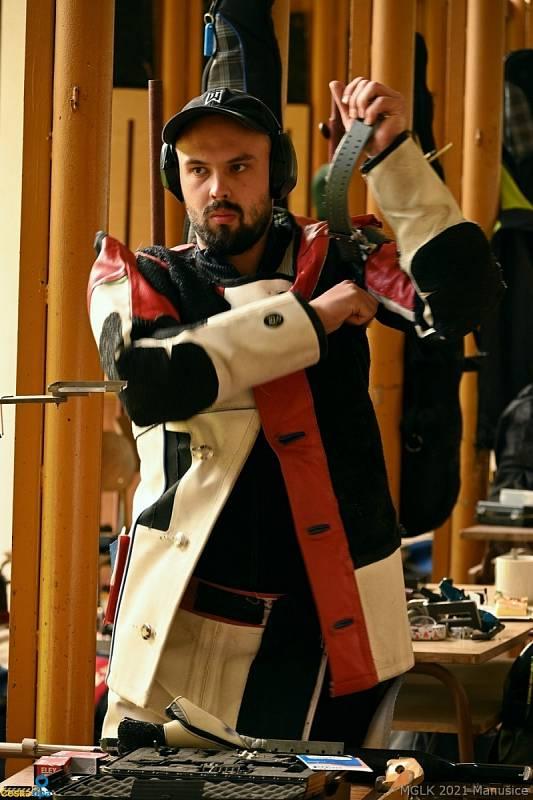 Petr Nymburský ovládl disciplíny 3x20 a 3x40, kde nástřely 595 a 1184 potvrdil, že je současným nejlepším střelcem ČR.