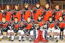 Družstvo starších žáků klubu HC Česká Lípa obsadilo na vánočním turnaji v Poděbradech skvělé druhé místo.