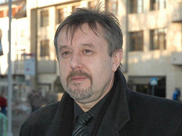 Novoborský zastupitel Jindřich Mareš byl v minulém volebním období starostou sklářského města.