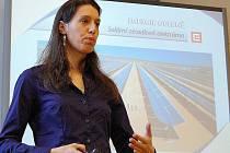 O současnosti a budoucnosti energetiky diskutovala vědecká pracovnice a absolventka jaderné fakulty ČVUT Edita Bromová se studenty Střední průmyslové školy v České Lípě.