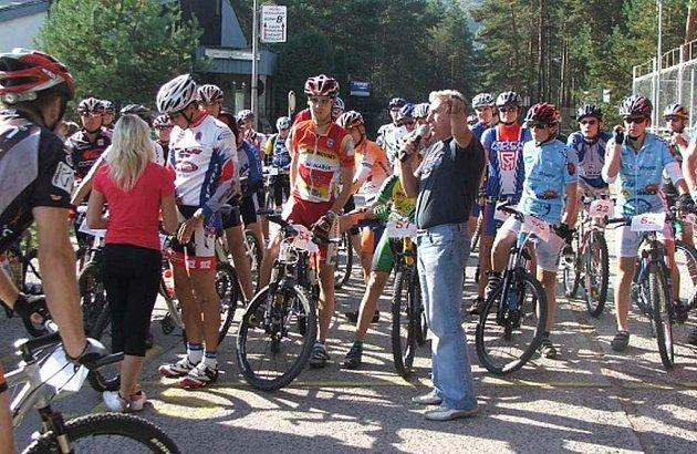 Loňský ročník závodu Tour de Mácháč se vydařil.