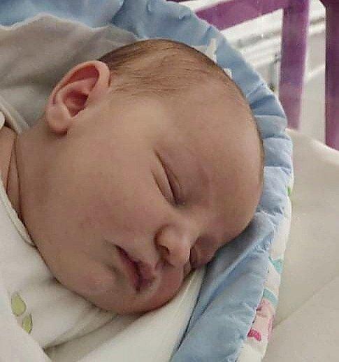 Rodičům Žanetě Fialové a Petru Heřmanovi z České Lípy se v neděli 21. února ve 3:08 hodin narodila dcera Liliana Heřmanová. Měřila 53 cm a vážila 4,16 kg.