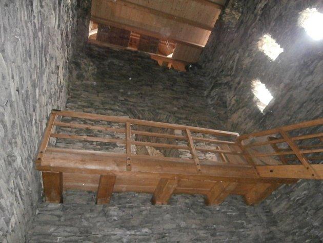 Nové schodiště v Templářském paláci.