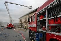 Zásah šesti jednotek hasičů si ve středu vyžádal požár motorestu v Zahrádkách.