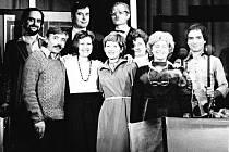 Divadelní spolek Havlíček Zákupy je nejstarším českým ochotnickým spolkem na Českolipsku. Snímek je z roku 1980, kdy se Havlíčkovci po téměř deset letech vrátili k pořádnému divadlu.