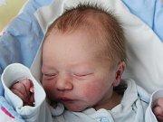 Rodičům Petře a Janovi Broschinským z Nového Boru se v úterý 28. února ve 2:21 hodin narodil syn Jan Broschinský. Měřil 48 cm a vážil 2,96 kg.