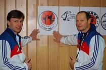 Zakladatelé klubu karate Sport Relax. Vlevo Milan Veselý (Děčín), vpravo Pavel Znamenáček (Česká Lípa).