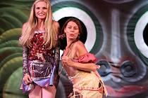 Představení Divadelního klubu Jirásek jsou zajímavá nejen na pohled.