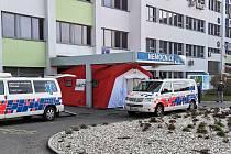 Do zoufalého stavu se dostali řidiči jedné z největších zdravotních doprav v regionu. Podle sdělení jednatelky Zdravotní dopravy Štěpánek jsou již prakticky bez ochranných prostředků.