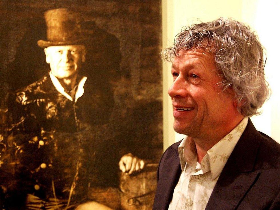 Jeden z nejuznávanějších současných českých fotografů Vladimír Brunton vystavuje v České Lípě.