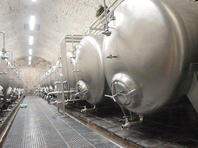 Soukromý investor obnovil téměř půl století zavřený pivovar ve Cvikově na Českolipsku. Do záchrany zchátralého areálu investoval desítky milionů korun.