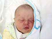 Rodičům Věře a Martinovi Brynychovým z České Lípy se ve čtvrtek 18. října v 7:02 hodin narodil syn Jonáš Brynych. Měřil 49 cm a vážil 3,65 kg.