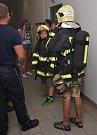 Konec školního roku si dvě třídy sedmáků ze škol v Novém Boru a Kravařích zpestřily dnem na hasičské stanici profesionální jednotky v České Lípě.