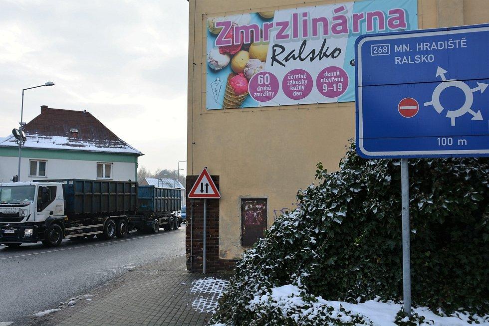 Zmrzlinárna v Mimoni.