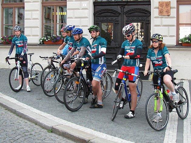 Regionem projeli účastníci Cyklo-běhu za Česko bez drog.
